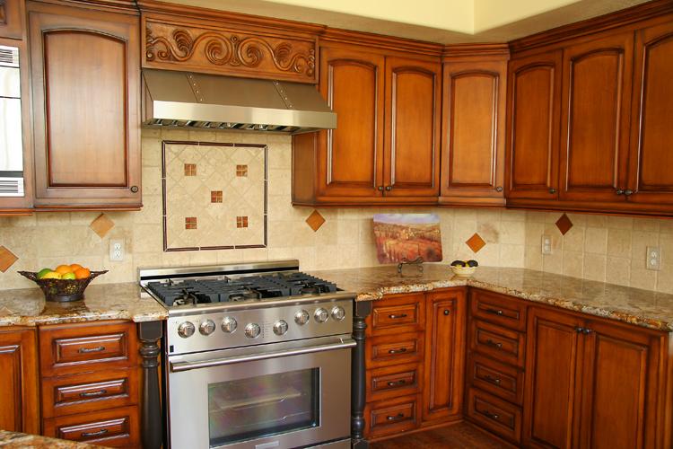 Hegle tile kitchens tile backsplash medallions and for Backsplash medallion